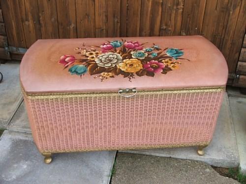Pretty Pink Vintage Floral Ottomon