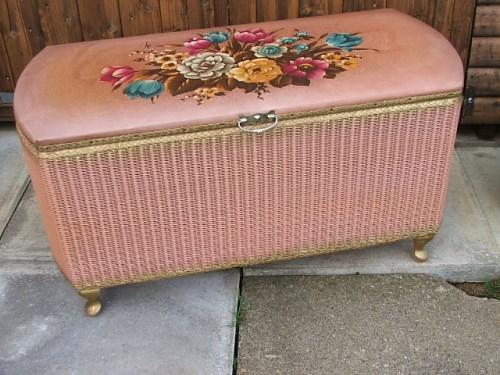 Dusty Pink Floral Wicker Ottomon