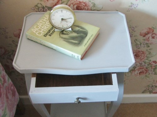 Bedside Table in Paris Grey