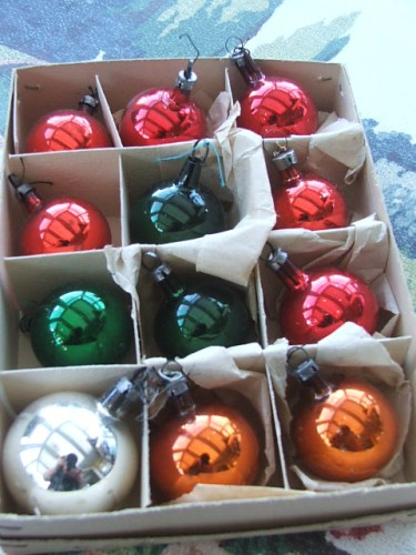 Small Christmas Tree Baubles
