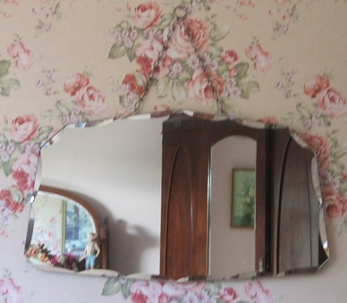 Retro Decorative Bevelled Mirror