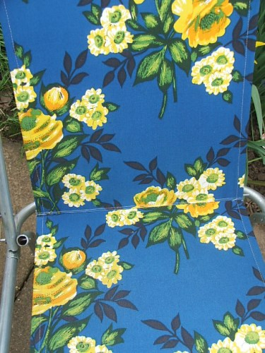 Retro Folding Deckchair