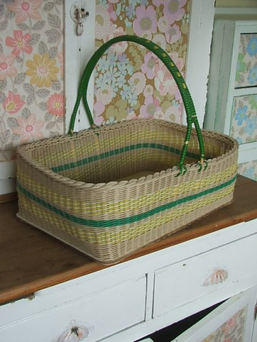 Retro Wicker Shopping Basket