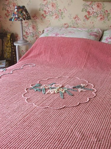 Gorgeous Vintage Bedspread