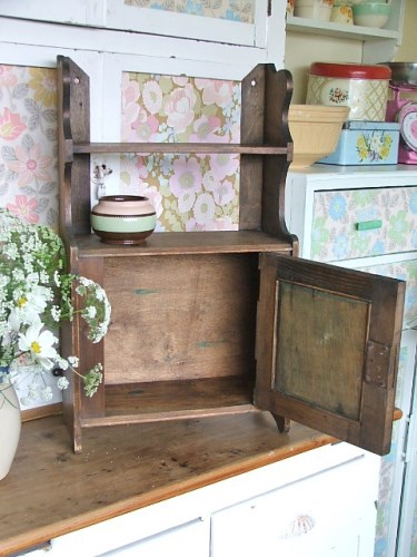 Vintage Wooden Shelf/Cabinet