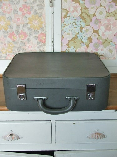 Vintage Grey Suitcase with tartan inner
