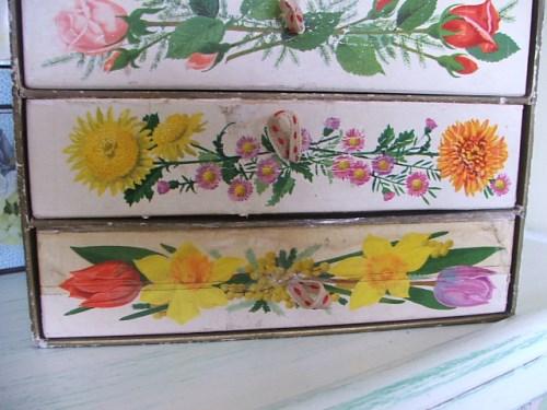 Vintage Floral Cardboard Drawers