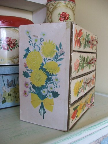 Vintage Floral Chocolate Box Drawers