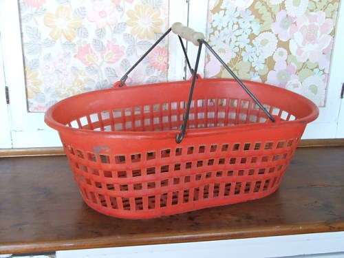 Retro Basket