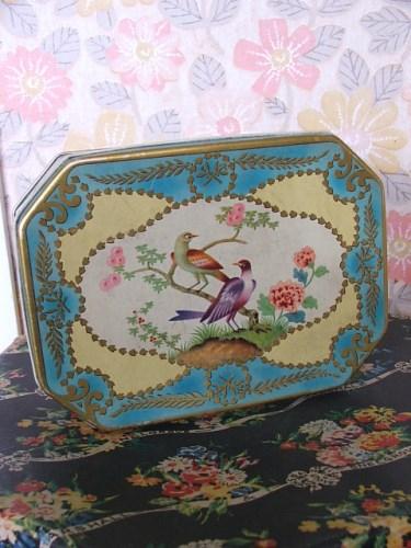 Vintage Bird/Floral Tin