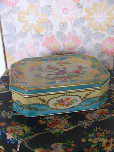 Snelgrove and Marshall Hat Box