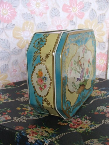 Marshall and Snelgrove Vintage Hat Box