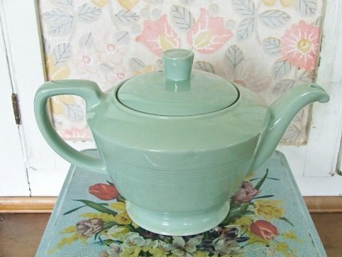 Beryl Woods Teapot