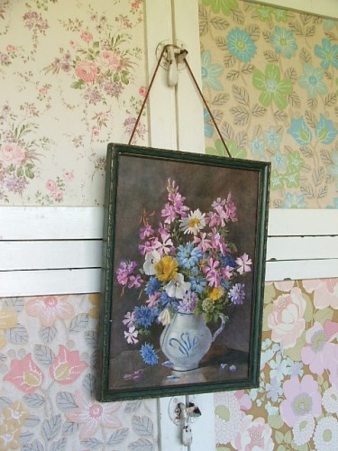 Pretty Vintage Floral Print