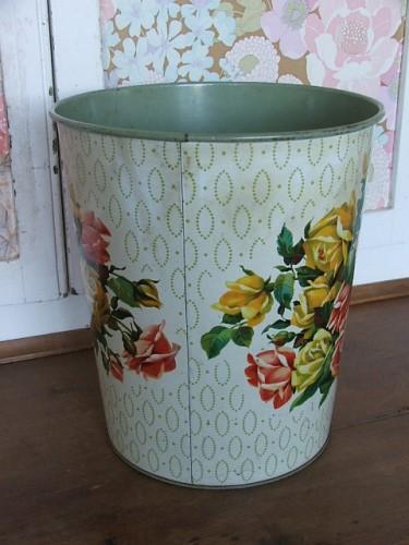 Pretty Floral Waste Bin