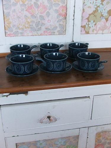 Vintage/Retro Soup Bowls and Saucers