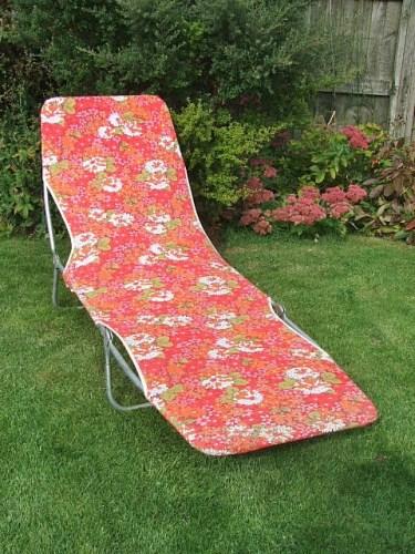 Retro floral sunlounger sunbed