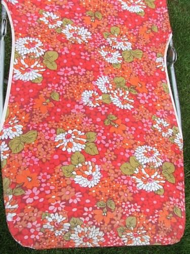 floral retro vintage sunlounger