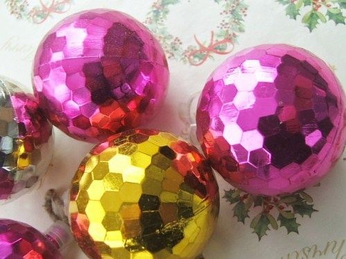 Retro Galss Baubles
