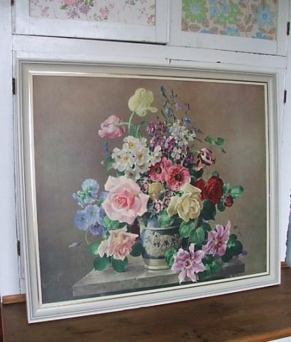 Gorgeous Retro Floral Print