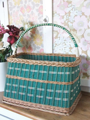 1950's Vintage Wicker Shopping Basket