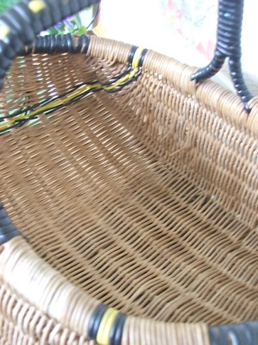 Vintage wickr shopping basket