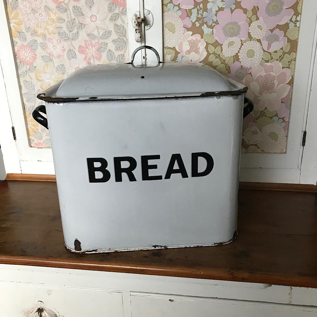 Large Vintage Enamel Bread Bin