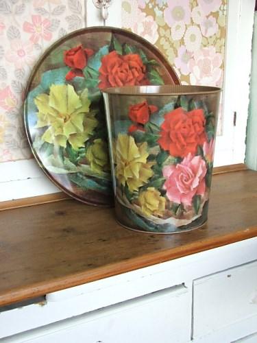 Vintage Floral Waste Bin