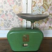 Vintage Green Kitchen Scales