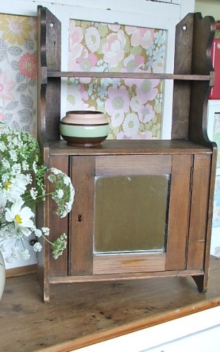 Wooden Shelf/Cabinet