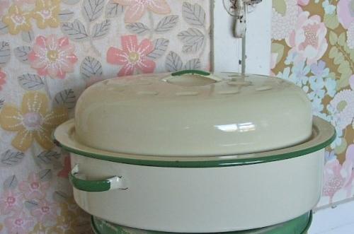 Vintage Enamel Roaster