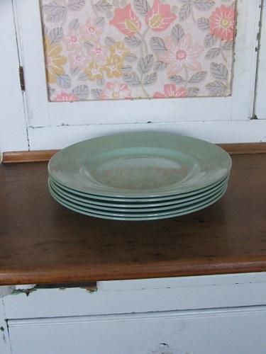 Six 'Beryl' Dinner Plates