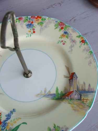 'The Oldmill' Grindley Cake Plate
