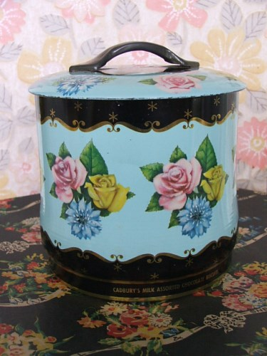 Old Floral Tin