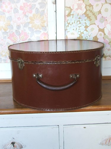 Vintage Leather Hat Case