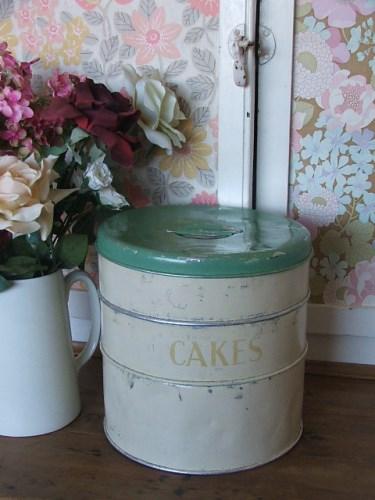 Vintage Tala Cake Tin