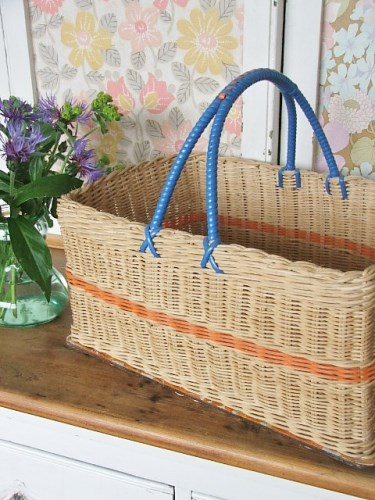 1950's Retro Wicker Basket